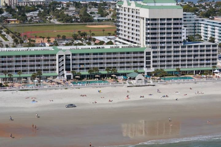 Daytona Beach Resort Ocean Front Condo 360