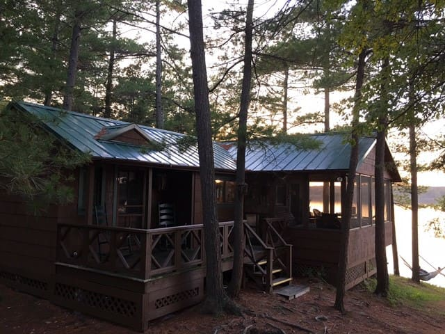 Pine Point Cottage on Lake of the Isles - Wellesley Island - Blockhütte