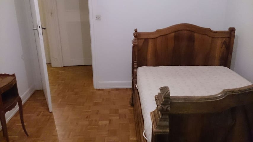 Appartement spacieux & équipé. - Veneux-les-Sablons - Huis