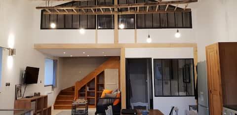 Lägenhet i loftstil i hjärtat av Marais Poitevin