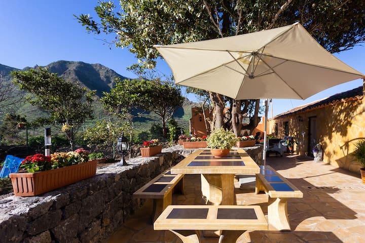 El Palmar · HomeLike Rustic House orchard +Wifi