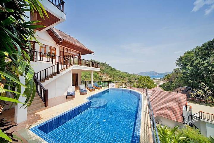 ⭐Patong Luxury 13BR Villas w/ Pool Near Beach
