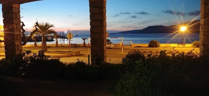 Logement climatisé face à la mer