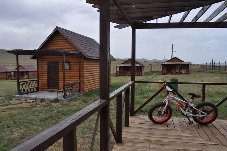 """Ultra Green Resort"" in Tsonjin Boldog"