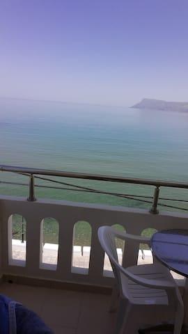Sea view 1 bedroom apartment - Mandy suites