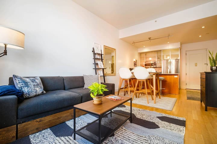 Luxe, Quiet, Bright 1br in Prime Williamsburg