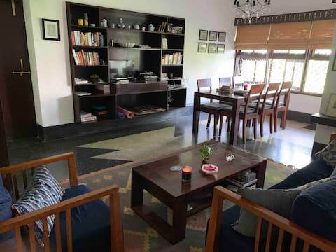 Tranquil sitting and dining area