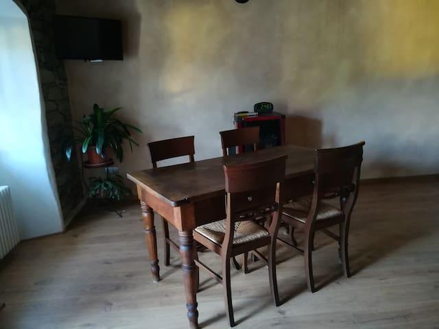 Casa Giulia il bello della pietra e del legno