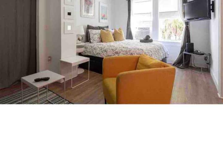 (#6) Beautiful Apartment in South Beach 2