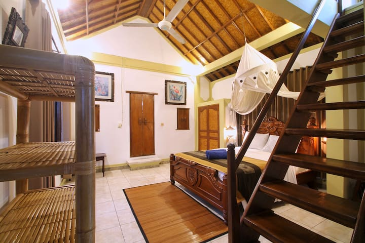 HIBISCUS Cottage UBUD - Family Room