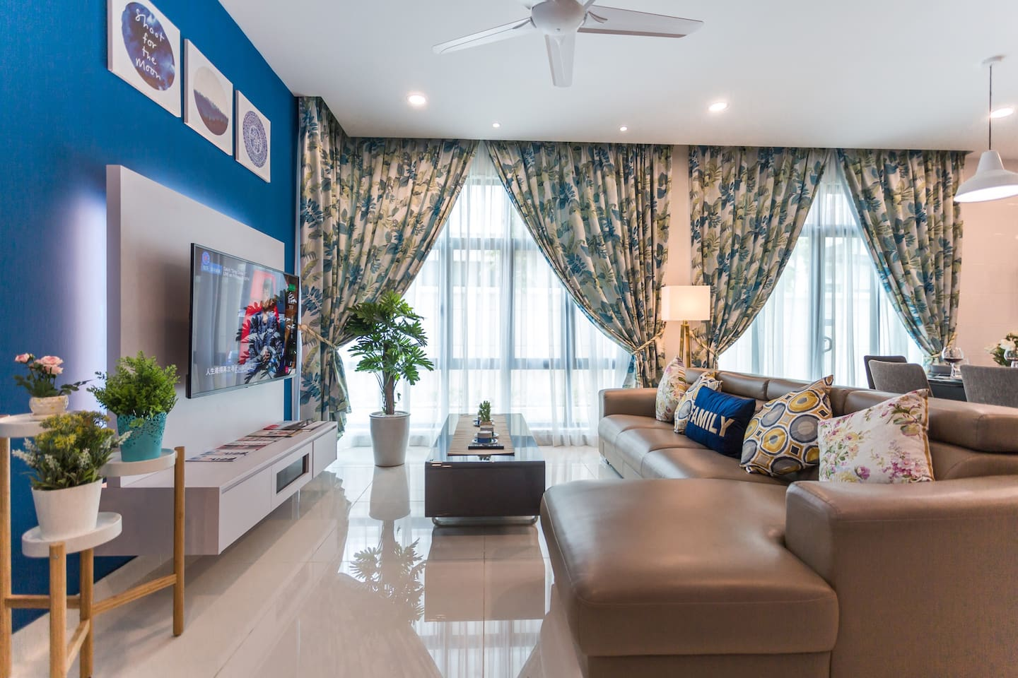 Welcome to our Paradise Holiday Home - Spacious Living Area Fully Decorated for your comfortable stay with us.