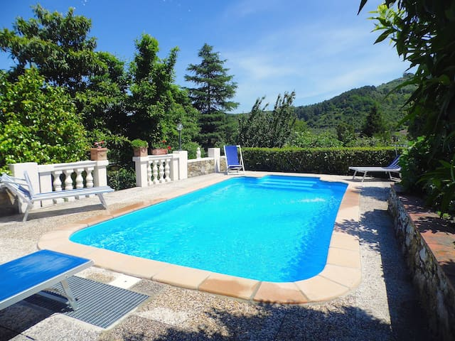 Villa with private pool and garden in Lucca - Capannori - House