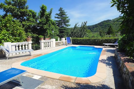 Villa Sina with private pool in Lucca