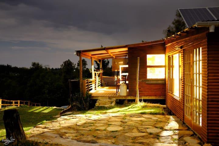 Wild Fox Hill eco-cabin