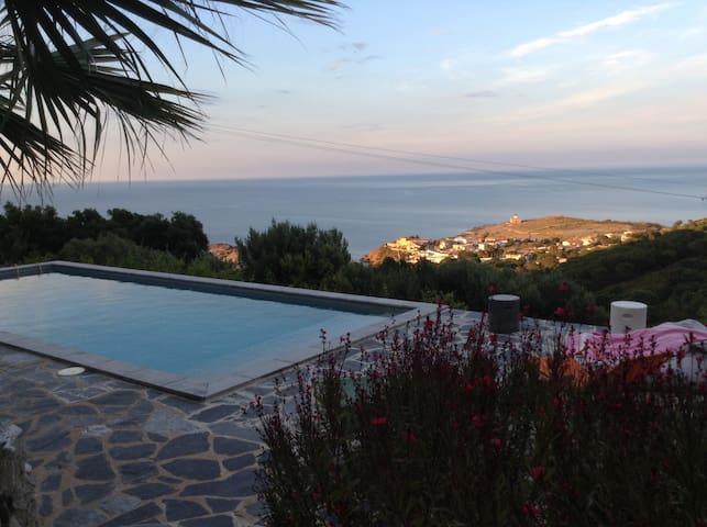 Maison El Port de la Selva avec piscine