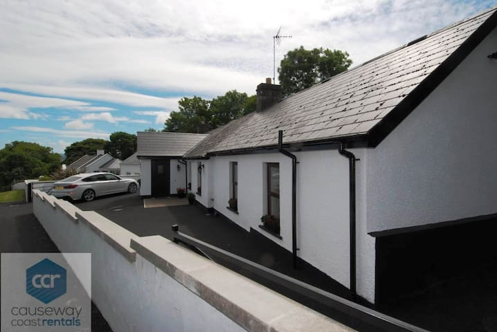 Woodleigh Cottage - Ballycastle - Apartment