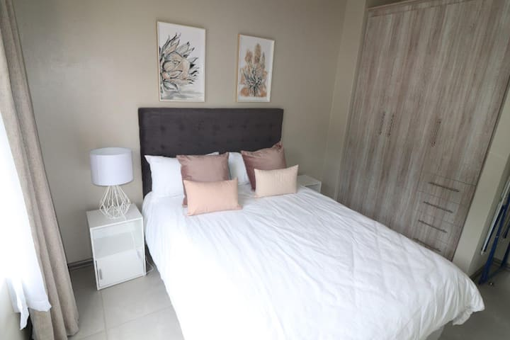Marvelous Stunning 2 bedroom unit  in  Musgrave.