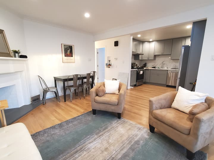 City Views, open remodeled kit & bath, bright room