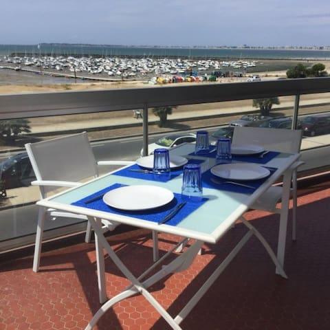 Pornichet, La Baule, face mer, proche commerces