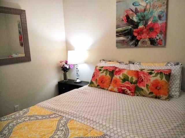 Perfect location on Westside! 4th Floor Luxury!
