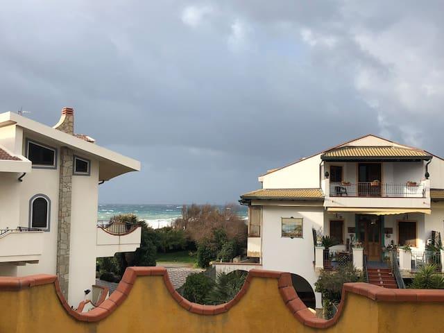 Appartamento vista mare a due passi dalla spiaggia