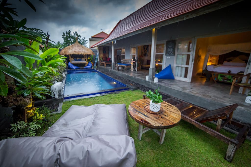 Outdoor / Pool area