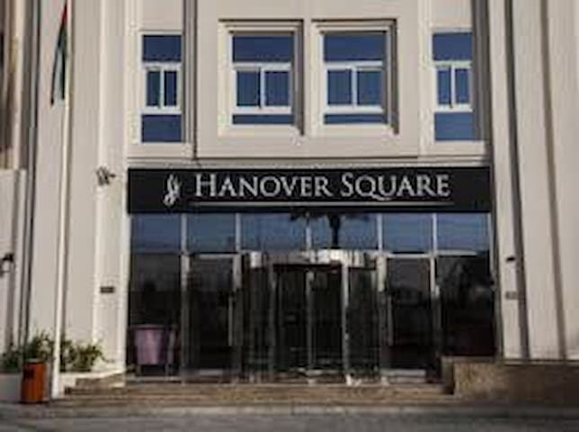 Studio- Hanover Square- weekly basis