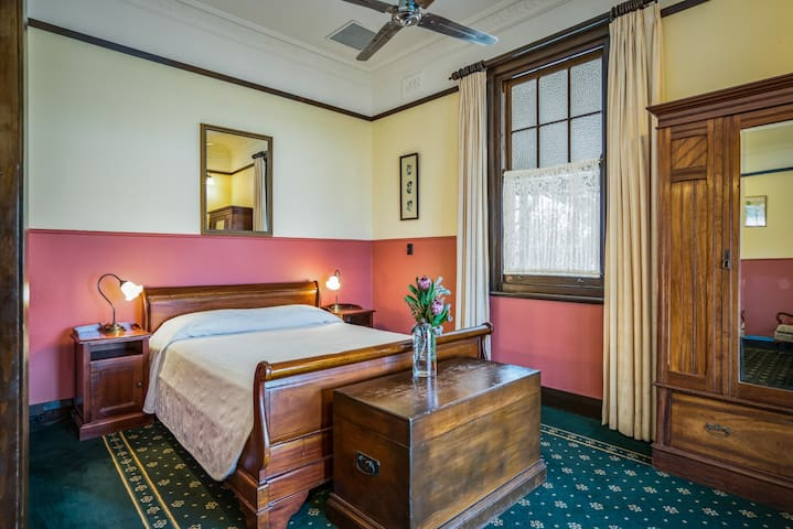 Ballina Manor Boutique Hotel - Room 8