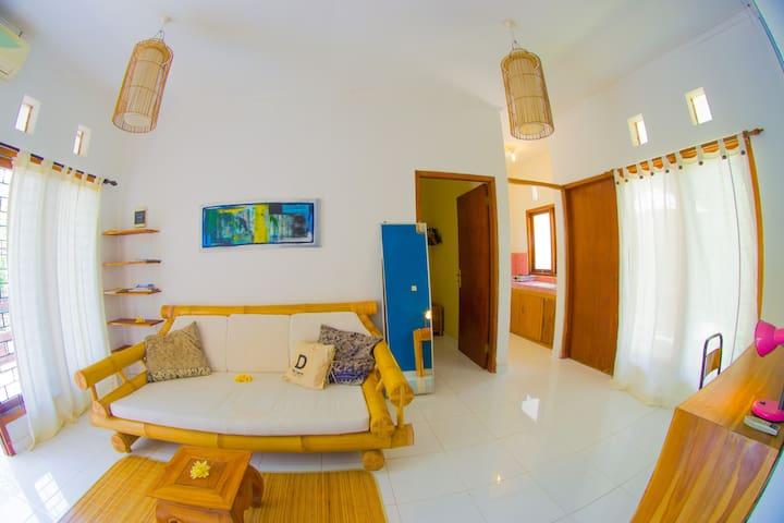 Basic 2-bedroom house close to Balangan and Bingin - Badung Regency - 公寓