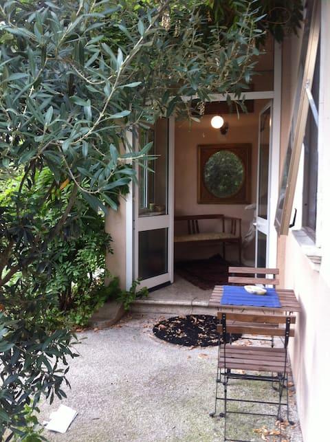 LibertyLiberty! Apartment in villa