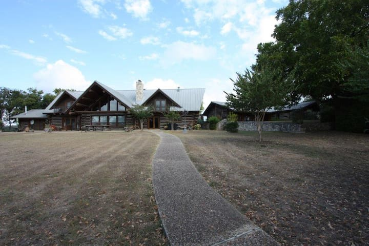 5H Ranch -Country Property with Pool in Comfort Tx - Comfort