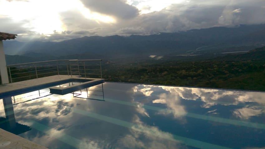 Vista increíbles en Sopetrán -  Mykonos