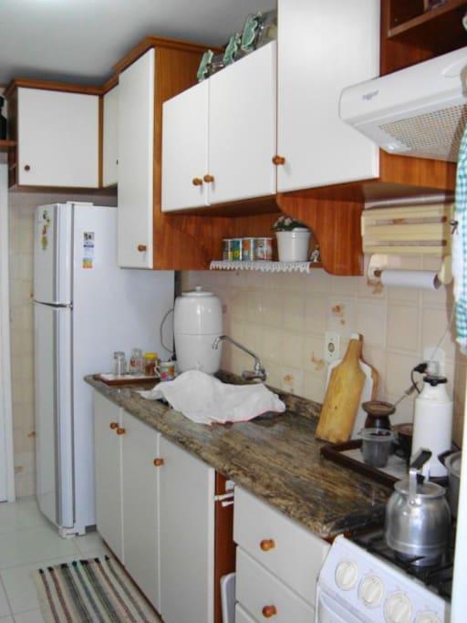 cozinha com microondas