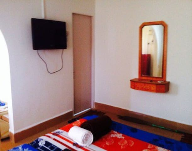 A/C apartment nr Calangute beach In 3 star resort - Bardez - Appartement