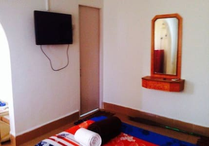 A/C apartment nr Calangute beach In 3 star resort - Bardez