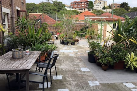 Spacious double room (5 minutes from Bondi beach) - Wohnung