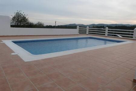 Fantastica casa de campo con piscina - Santa Eulària des Riu - Rumah