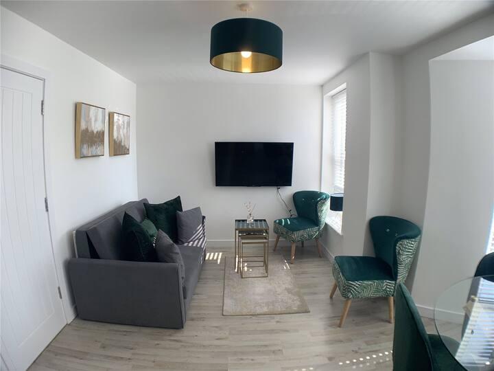 Chic apartment in affluent Pontcanna