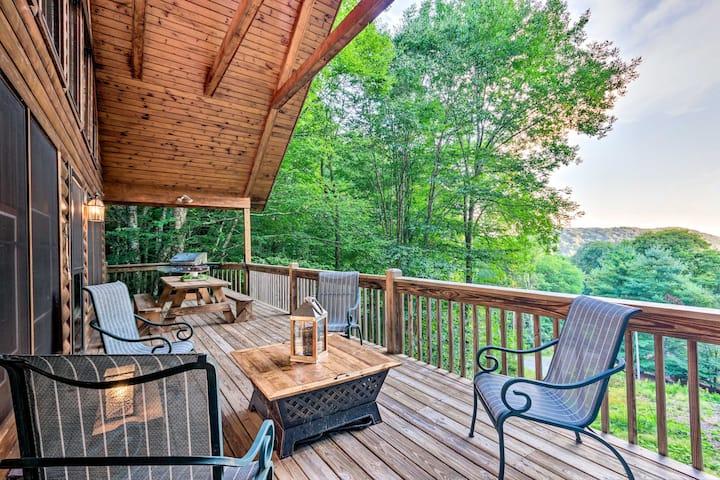 Wolf Laurel Resort Multi-Family Cabins w/Barn