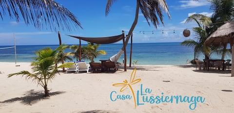 "Casa  ""Lussiernaga""  Beautiful Beach front House🐚"