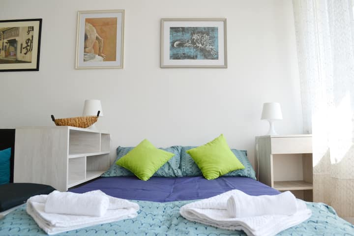Enjoy Belgrade in homely apt in heart of the city!