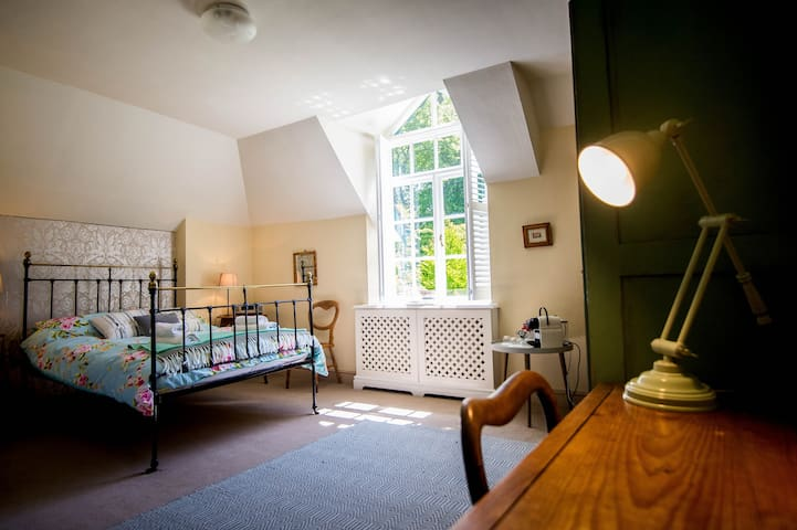 The Green Room - Ensuite with beautiful garden views  & large TV to the right with Sky & Netflix