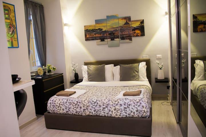 Suite Apartment heart of Rome (Vatican City)