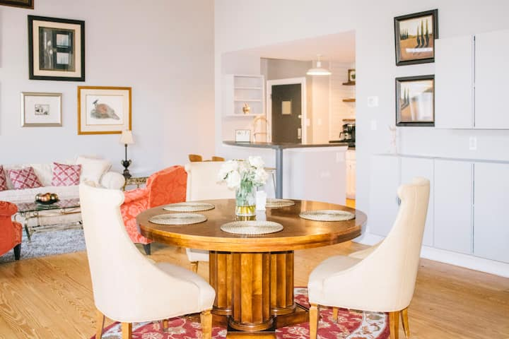 1BR Stylish Executive stay/Family/ 3MIN to Uptown