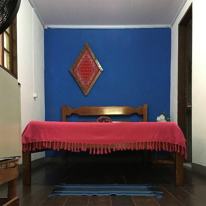 Alto astral, organizado, lindo e bem localizado :)