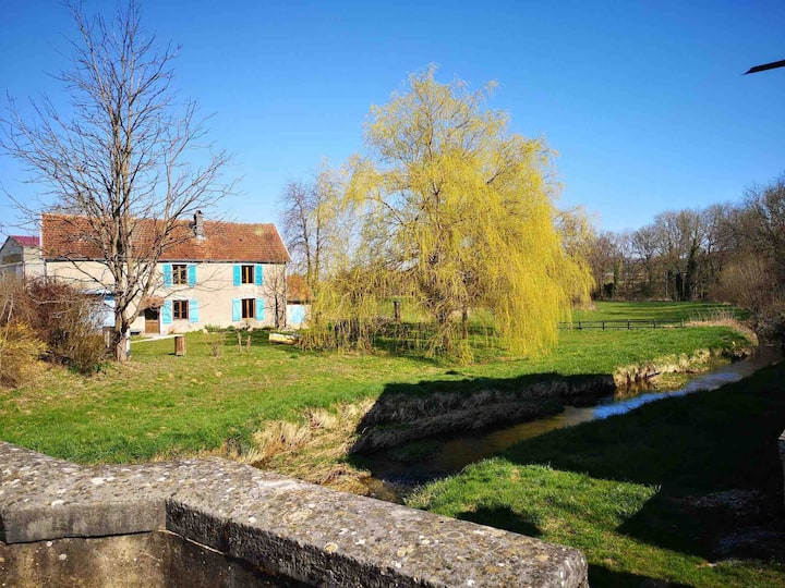 A true hideaway! Charming holiday home Haute Marne