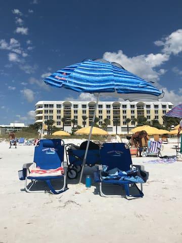 Summer Deals! Newly Renovated Washer/Dryer - Beach