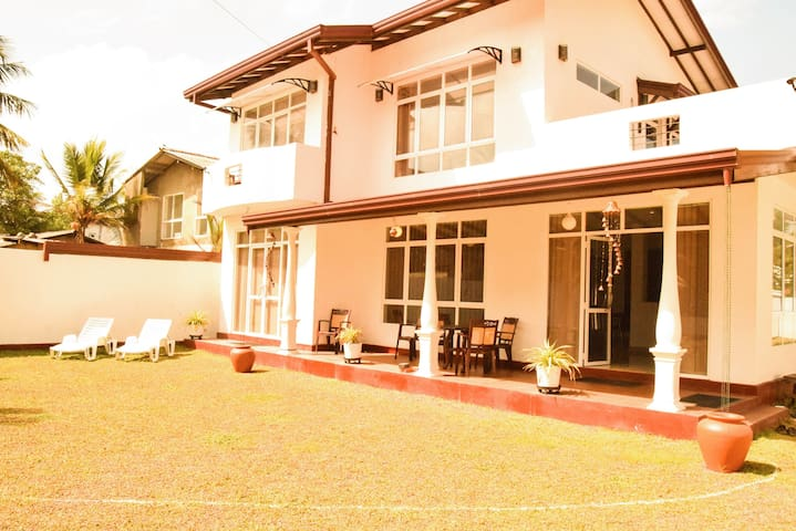 Coconut Villa - Kalutara - House