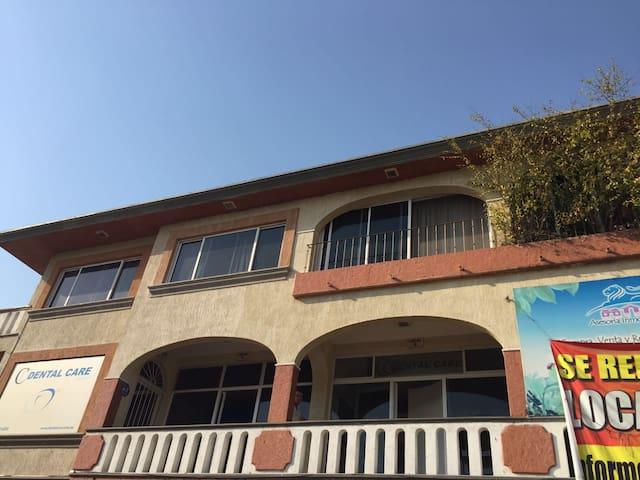DEPARTAMENTO AMUEBLADO UBICADISIMO - Cuernavaca - Pis
