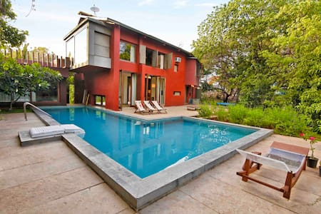 The top 20 mumbai villa rentals airbnb for Bungalows in gorai with swimming pool